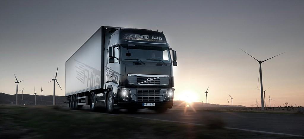 volvo-fh16-700-truck-picture-2